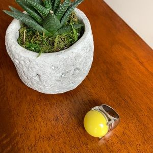 Yellow bauble ring ✨